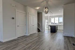 Photo 6: 132 Creekside Drive SW in Calgary: C-168 Semi Detached for sale : MLS®# A1144861