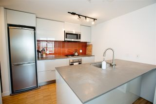 Photo 2: 1904 128 CORDOVA STREET in WOODWARDS: Downtown VW Home for sale ()  : MLS®# R2070593