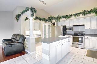 Photo 9: 11575 13 Avenue in Edmonton: Zone 16 House for sale : MLS®# E4257911