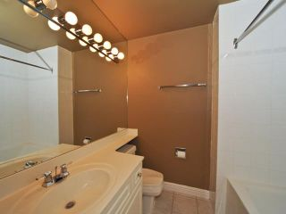 Photo 9: 1405 201 BRAEGLEN Close SW in CALGARY: Braeside Braesde Est Condo for sale (Calgary)  : MLS®# C3438146