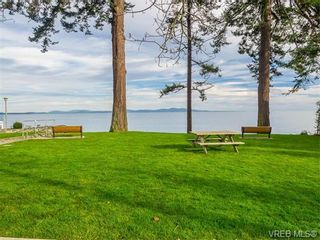 Photo 3: 102 5110 Cordova Bay Rd in VICTORIA: SE Cordova Bay Condo for sale (Saanich East)  : MLS®# 746274