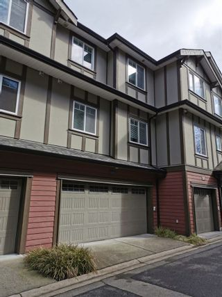 "Photo 2: 115 3333 DEWDNEY TRUNK Road in Port Moody: Port Moody Centre Townhouse for sale in ""CENTREPOINT"" : MLS®# R2561726"