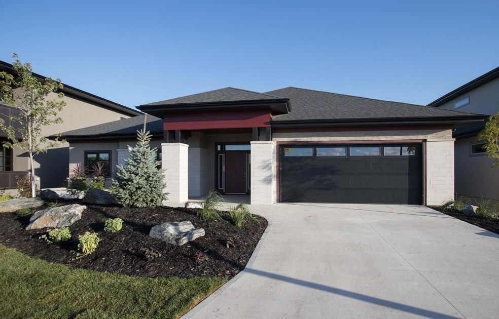 Main Photo: 34 Willow Brook Road in Winnipeg: Bridgwater Lakes Single Family Detached for sale (1R)