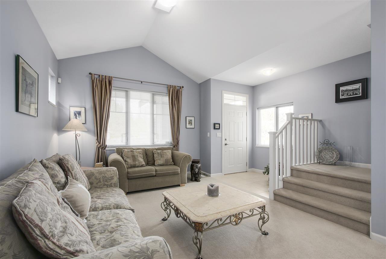 "Photo 2: Photos: 24110 HAWKINS Avenue in Maple Ridge: Albion House for sale in ""MAINSTONE CREEK"" : MLS®# R2140724"