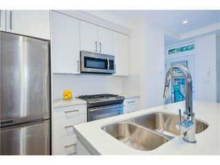 """Photo 6: 3711 COMMERCIAL Street in Vancouver: Victoria VE Townhouse for sale in """"O2"""" (Vancouver East)  : MLS®# V1025256"""