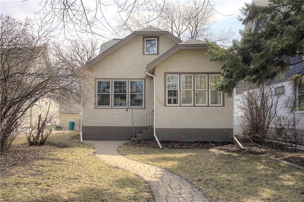 Main Photo: 980 McMillan Avenue in Winnipeg: Single Family Detached for sale (1Bw)  : MLS®# 202008869