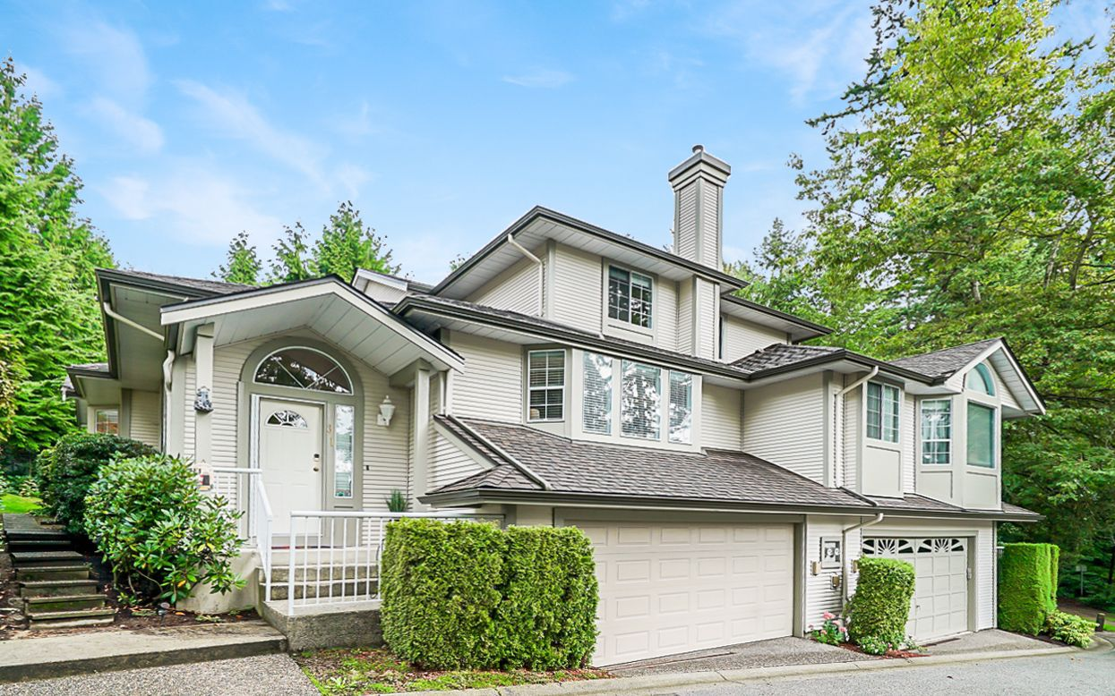 """Main Photo: 31 101 PARKSIDE Drive in Port Moody: Heritage Mountain Townhouse for sale in """"Treetops"""" : MLS®# R2423114"""
