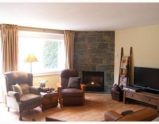 "Photo 2: 10 39920 GOVERNMENT Road in Squamish: Garibaldi Estates Townhouse for sale in ""SHANNON ESTATES"" : MLS®# V758316"
