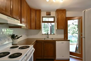 Photo 6: 1012 FIRCREST Road in Gibsons: Gibsons & Area House for sale (Sunshine Coast)  : MLS®# R2608956