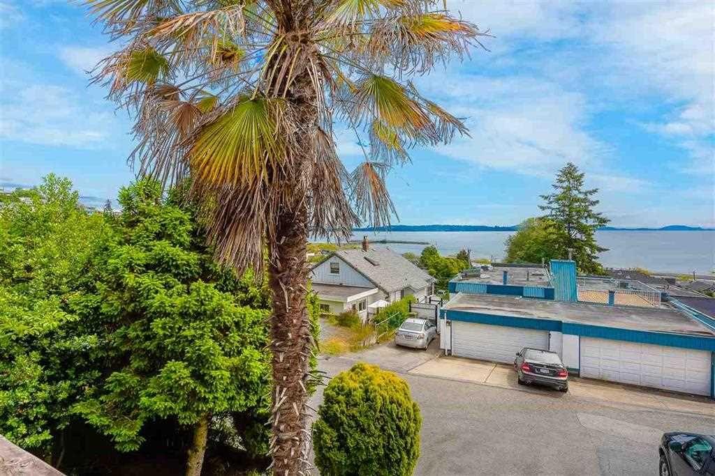 Main Photo: 14870 PROSPECT Avenue: White Rock House for sale (South Surrey White Rock)  : MLS®# R2518766