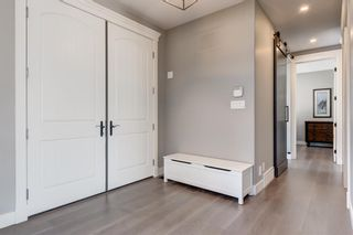 Photo 4: 25 Windermere Road SW in Calgary: Wildwood Detached for sale : MLS®# A1073036