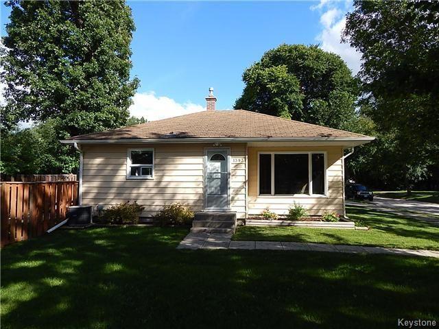 Main Photo: 1393 Kildonan Drive in Winnipeg: Fraser's Grove Residential for sale (3C)  : MLS®# 1622981