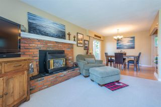 Photo 4: 1393 131 Street in Surrey: Crescent Bch Ocean Pk. House for sale (South Surrey White Rock)  : MLS®# R2548021