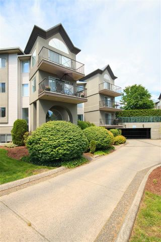 "Photo 3: 215 32725 GEORGE FERGUSON Way in Abbotsford: Abbotsford West Condo for sale in ""THE UPTOWN"" : MLS®# R2109860"