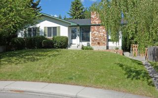 Main Photo: 6908 Silver Springs Road NW in Calgary: Silver Springs Detached for sale : MLS®# A1122630