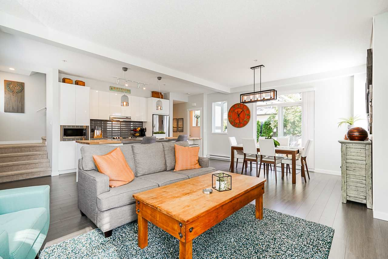 """Main Photo: 8 8138 204 Street in Langley: Willoughby Heights Townhouse for sale in """"Ashbury and Oak"""" : MLS®# R2507978"""