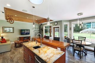 Photo 9: 3809 Woodland Dr in : CR Campbell River South House for sale (Campbell River)  : MLS®# 871866