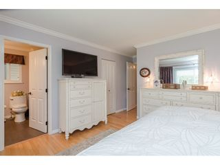 Photo 12: 4618 BENZ Crescent in Langley: Murrayville House for sale : MLS®# R2375927