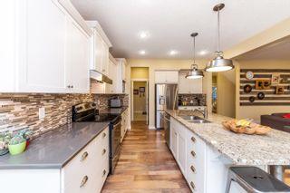 Photo 12: 641 ARMITAGE Crescent: Sherwood Park House for sale : MLS®# E4260662