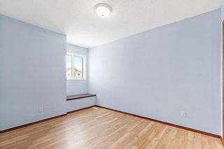 Photo 13: 270 Erin Circle SE in Calgary: Erin Woods Detached for sale : MLS®# C4292742