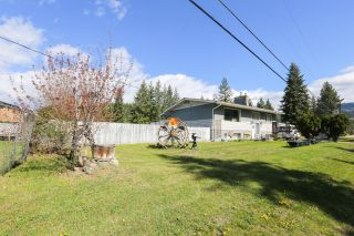 Main Photo: 693 Barriere Lakes Road in Barriere: BA House for sale (NE)  : MLS®# 161850