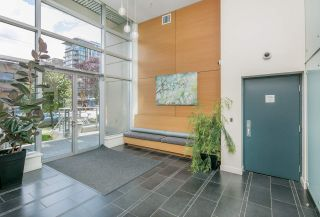 """Photo 3: 403 2483 SPRUCE Street in Vancouver: Fairview VW Condo for sale in """"SKYLINE"""" (Vancouver West)  : MLS®# R2189151"""