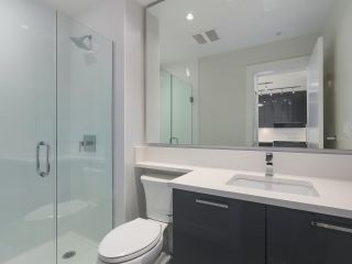 """Photo 20: 104 1768 GILMORE Avenue in Burnaby: Brentwood Park Condo for sale in """"Escala"""" (Burnaby North)  : MLS®# R2398729"""