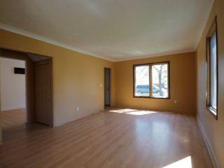 Photo 2: 107 6th Street NE in Portage la Prairie: House for sale : MLS®# 202113397