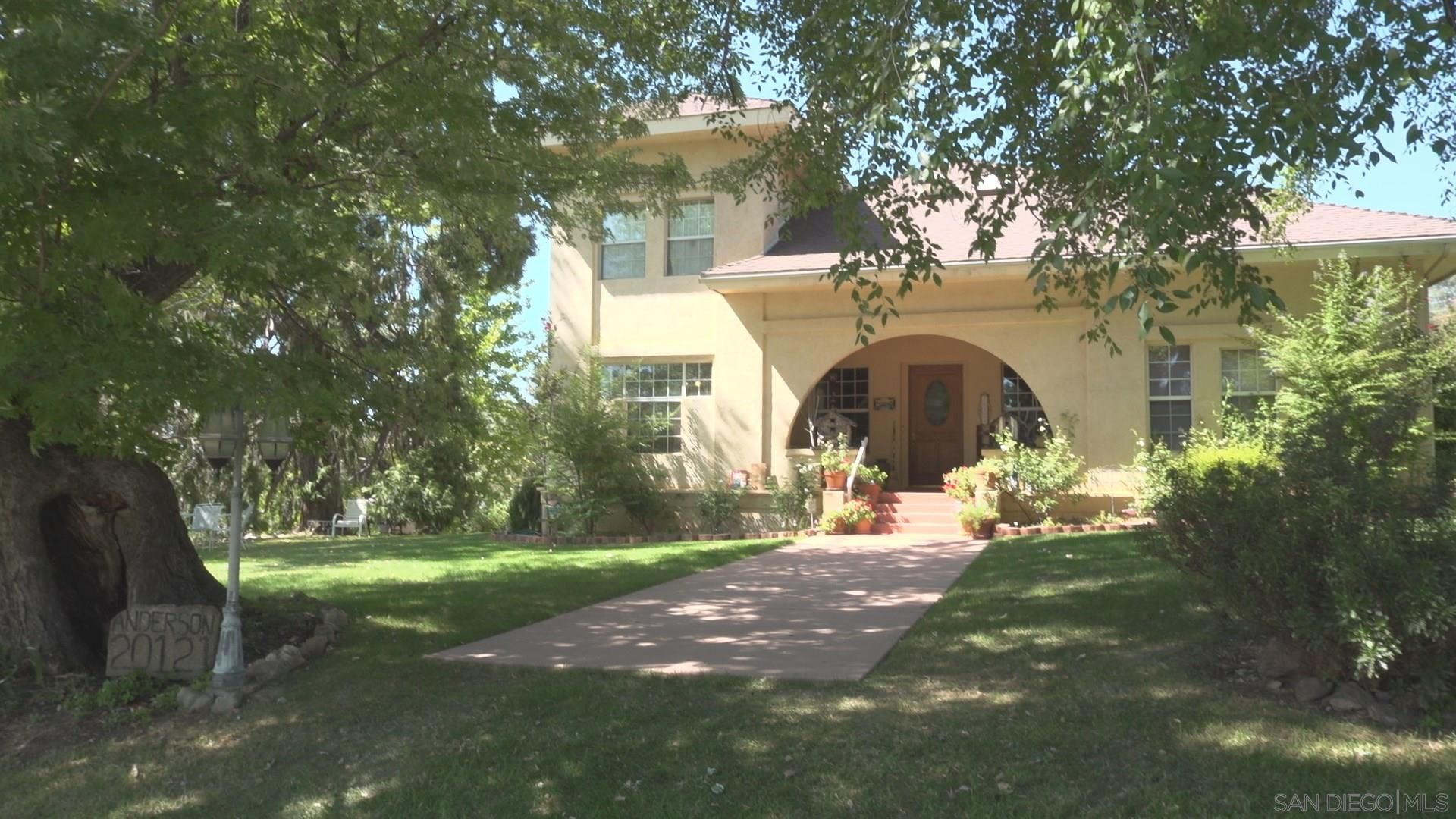 Main Photo: PAUMA VALLEY House for sale : 5 bedrooms : 20121 Hwy 76
