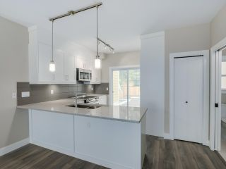 """Photo 4: 302 1405 DAYTON Street in Coquitlam: Westwood Plateau Townhouse for sale in """"ERICA"""" : MLS®# R2127900"""