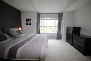 """Photo 9: 18610 65 Avenue in Surrey: Cloverdale BC Townhouse for sale in """"Ridgeway"""" (Cloverdale)  : MLS®# R2299055"""