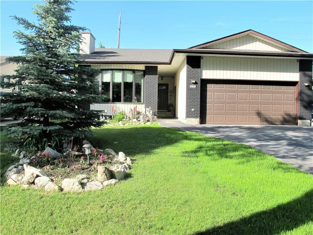 Photo 2: Photos:  in Winnipeg: North Kildonan Residential for sale (3G)  : MLS®# 202014786