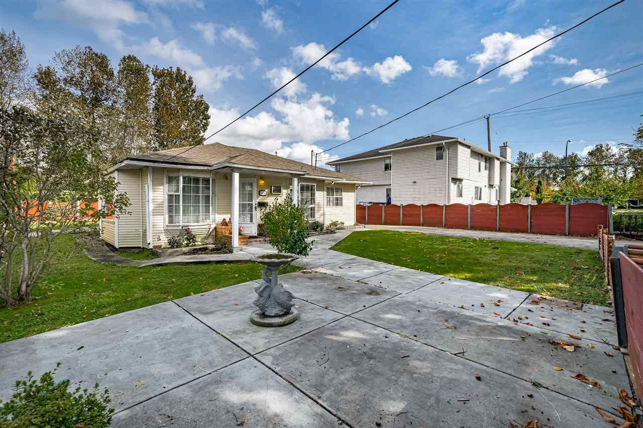 Photo 4: Photos: 309 JOHNSTON Street in New Westminster: Queensborough House for sale : MLS®# R2508021