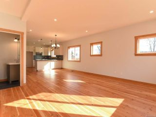 Photo 13: 519 12th St in COURTENAY: CV Courtenay City House for sale (Comox Valley)  : MLS®# 785504