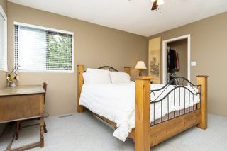 """Photo 17: 5815 170A Street in Surrey: Cloverdale BC House for sale in """"Jersey Hills West Cloverdale"""" (Cloverdale)  : MLS®# R2084016"""