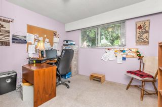 """Photo 15: 13048 MARINE Drive in Surrey: Crescent Bch Ocean Pk. House for sale in """"OCEAN PARK"""" (South Surrey White Rock)  : MLS®# R2616600"""