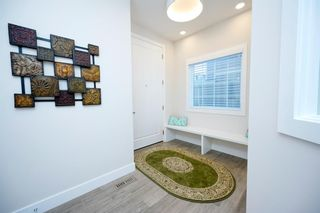 Photo 3: 69 Westpoint Way SW in Calgary: West Springs Detached for sale : MLS®# A1153567
