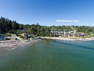 """Photo 2: 6498 WILDFLOWER Place in Sechelt: Sechelt District Townhouse for sale in """"Wakefield Beach - Second Wave"""" (Sunshine Coast)  : MLS®# R2589812"""