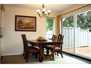 """Photo 4: 3480 LYNMOOR Place in Vancouver: Champlain Heights Townhouse for sale in """"MOORPARK"""" (Vancouver East)  : MLS®# V900458"""