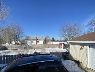 Photo 4: 604 King Street in New Waterford: 204-New Waterford Residential for sale (Cape Breton)  : MLS®# 202104281