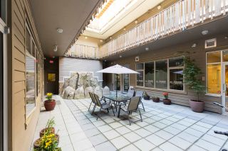 "Photo 20: 404 38142 CLEVELAND Avenue in Squamish: Downtown SQ Condo for sale in ""Cleveland Courtyard"" : MLS®# R2285738"