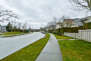 """Photo 53: 16 15450 ROSEMARY HEIGHTS Crescent in Surrey: Morgan Creek Townhouse for sale in """"CARRINGTON"""" (South Surrey White Rock)  : MLS®# R2245684"""