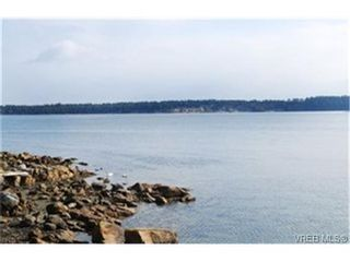 Photo 6: 13 2654 Lancelot Place in : CS Turgoose Residential for sale (Central Saanich)  : MLS®# 242904