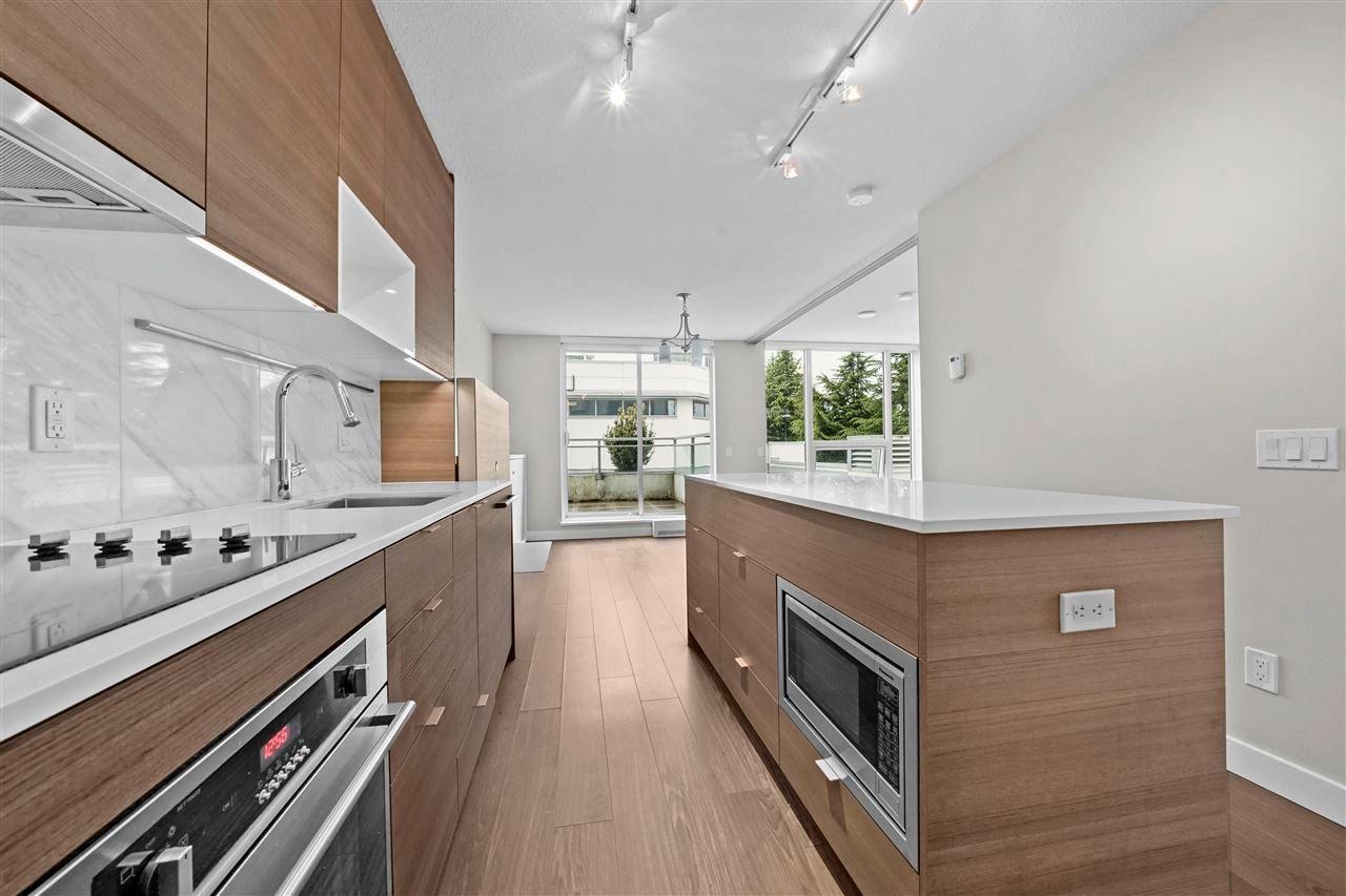 Main Photo: 308 13398 104 Avenue in Surrey: Whalley Condo for sale (North Surrey)  : MLS®# R2576448