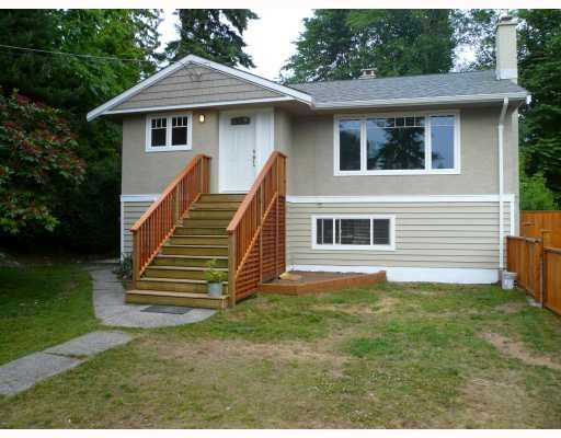 Main Photo: 3696 Hoskins Road in North Vancouver: Lynn Valley House  : MLS®# V773705