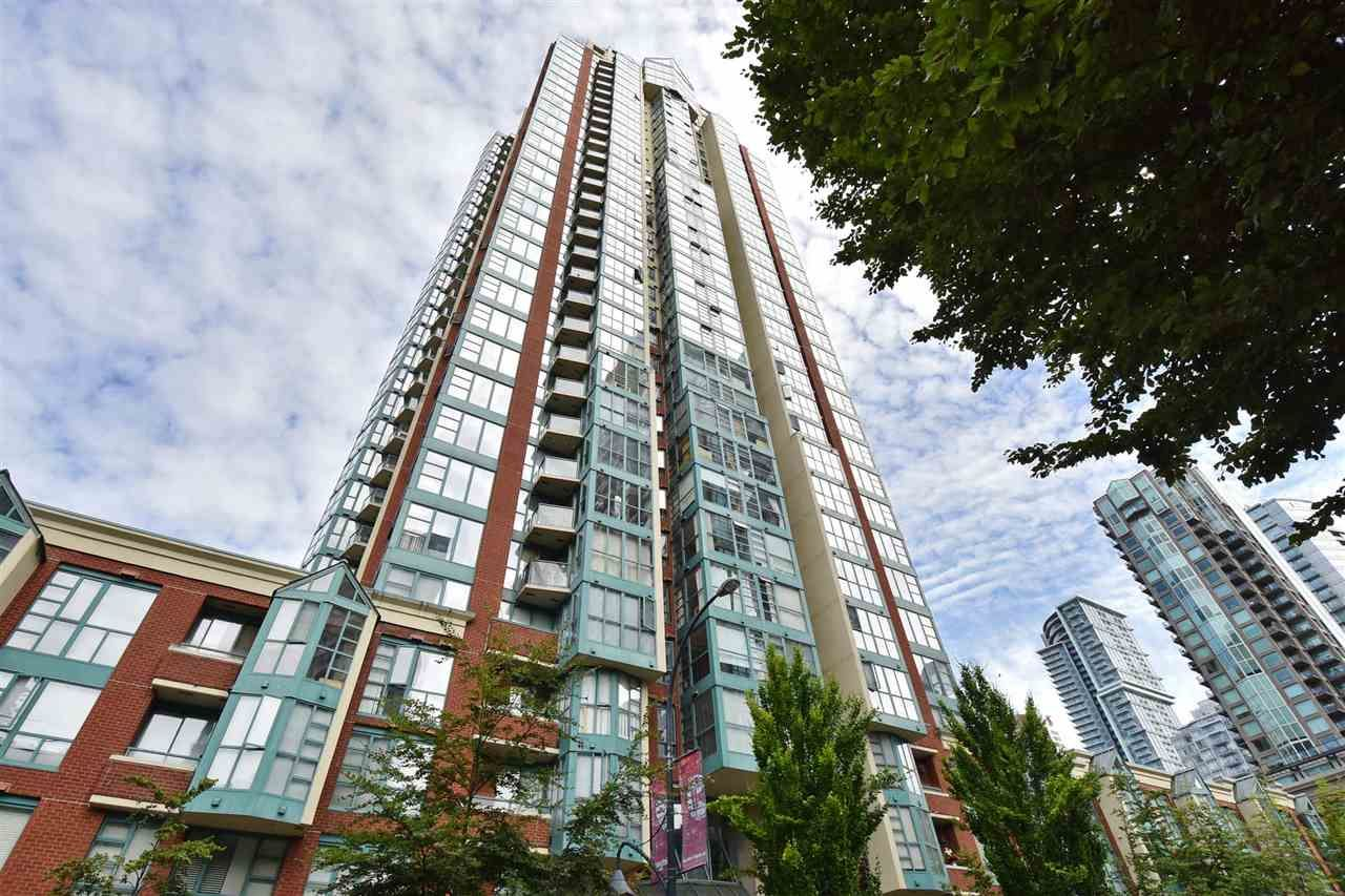 """Main Photo: 706 939 HOMER Street in Vancouver: Yaletown Condo for sale in """"Pinnacle"""" (Vancouver West)  : MLS®# R2082268"""