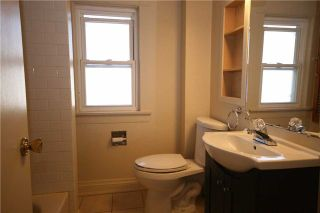Photo 7: 118 Tylor Crest in Oshawa: Central House (2 1/2 Storey) for sale : MLS®# E3242326