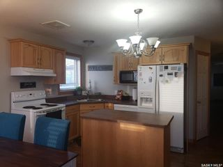 Photo 3: 459 Brooklyn Crescent in Warman: Residential for sale : MLS®# SK841466
