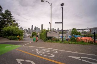 """Photo 30: 301 1510 W 1ST Avenue in Vancouver: False Creek Condo for sale in """"Mariner Walk"""" (Vancouver West)  : MLS®# R2589814"""