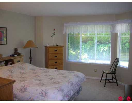 """Photo 5: Photos: 109 9208 208TH Street in Langley: Walnut Grove Townhouse for sale in """"Churchill Park"""" : MLS®# F2723347"""